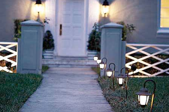Outdoor Lighting Tips for a Better Lit Walkway
