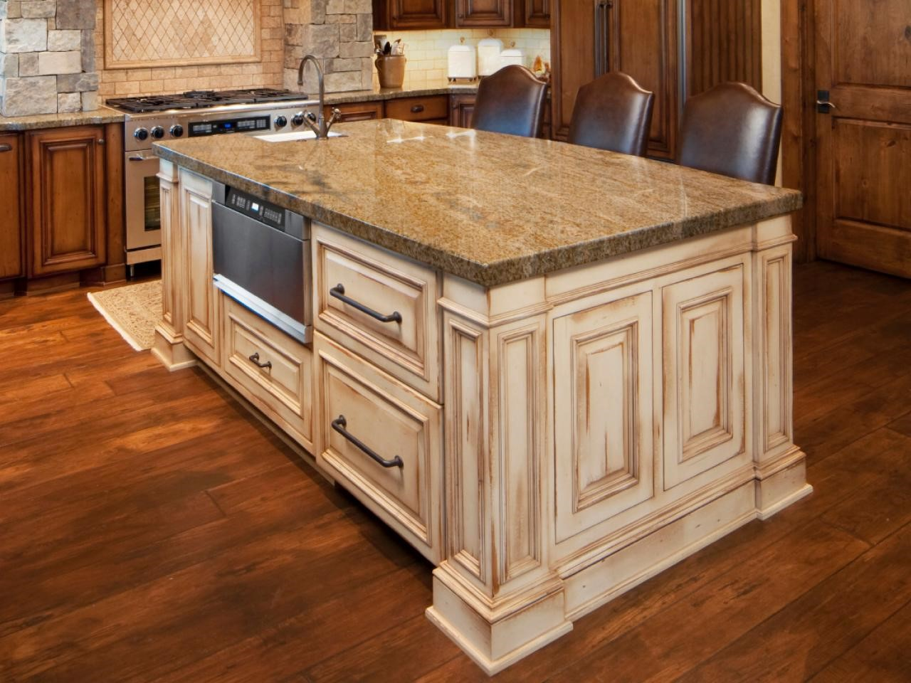 kitchen island hgtv