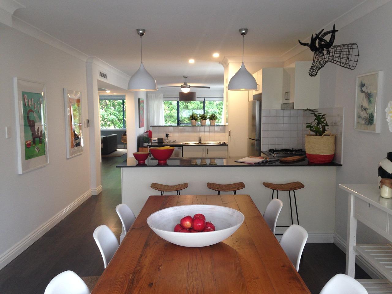 Image 6 - Dining Room