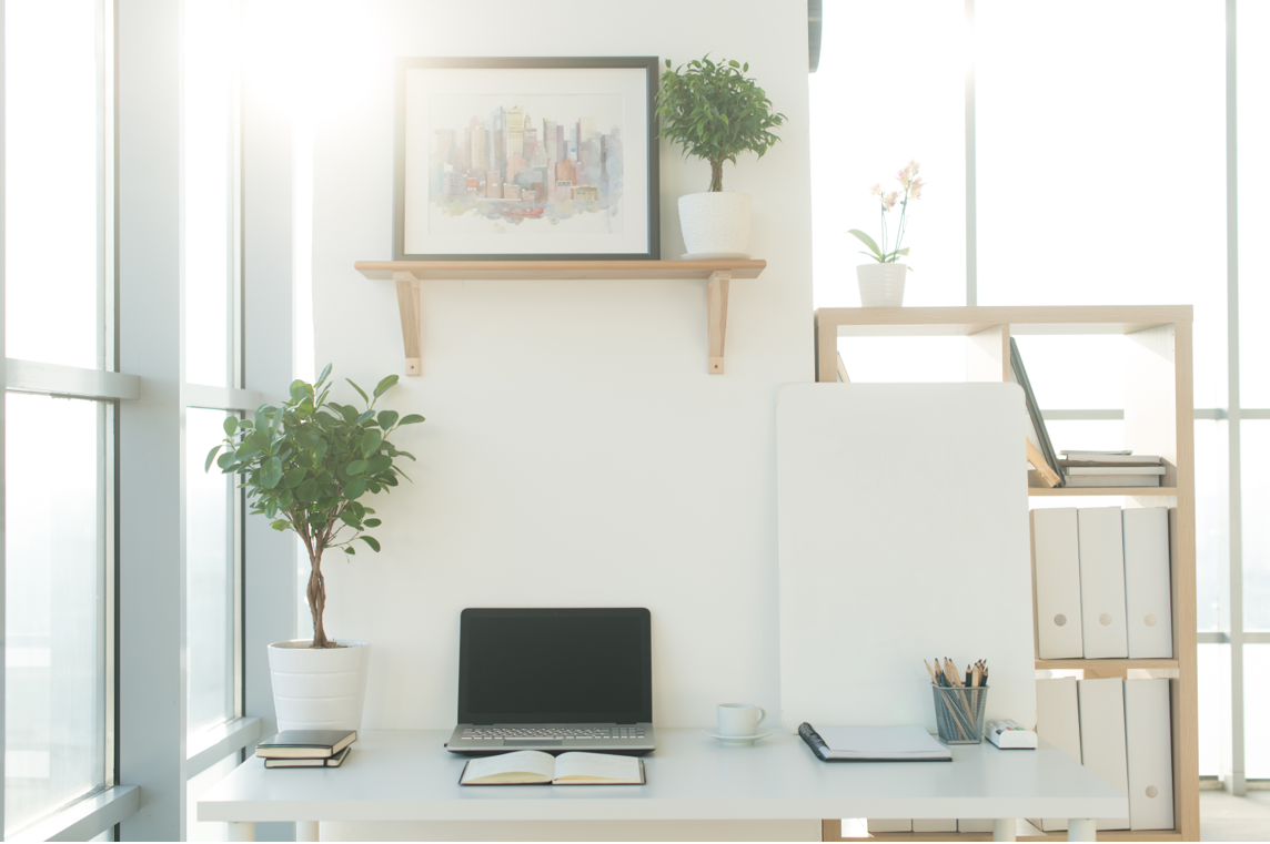5 Ways to Prepare Sunlit Home Workspaces for the Summer