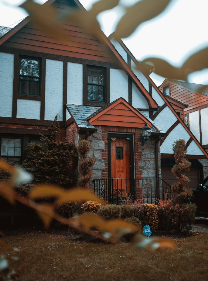 4 Tips for Selling Your Home This Fall