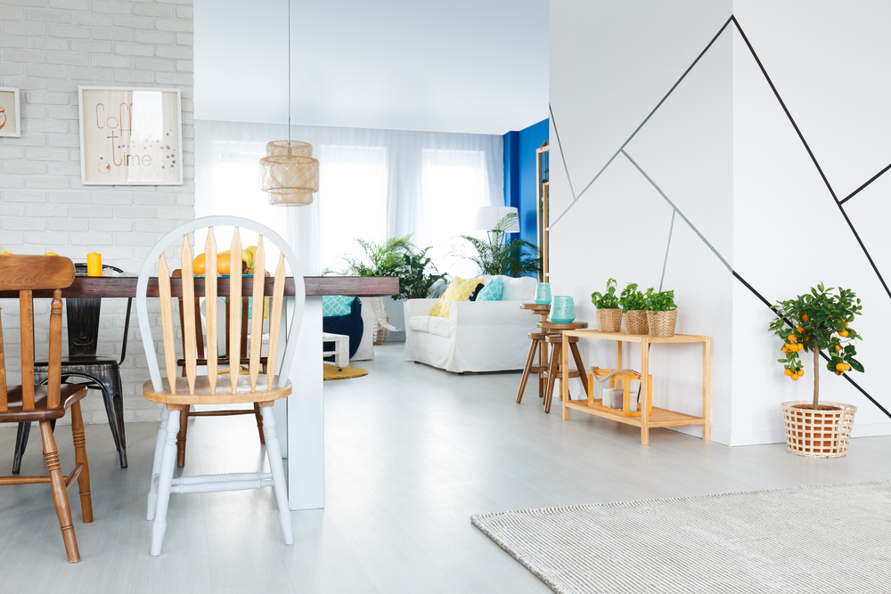 How to Mix Antique and Modern Decor in Your Home